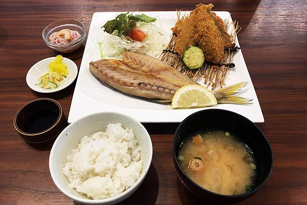 Cafe晴風船(はるふうせん)